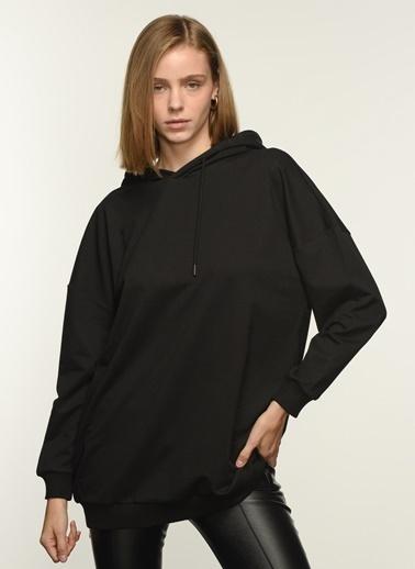 NGSTYLE NGKAW21SW0025 Sırt Baskılı Kapşonlu Sweatshirt Siyah